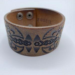 {Fossil} Leather Tooled Bracelet